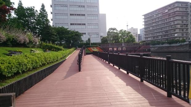 wooden_walkway_shinagawa_park